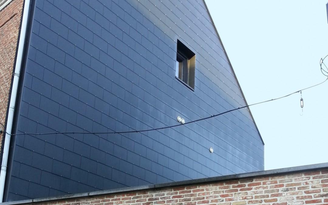 Isolation de la façade et pose d'ardoises